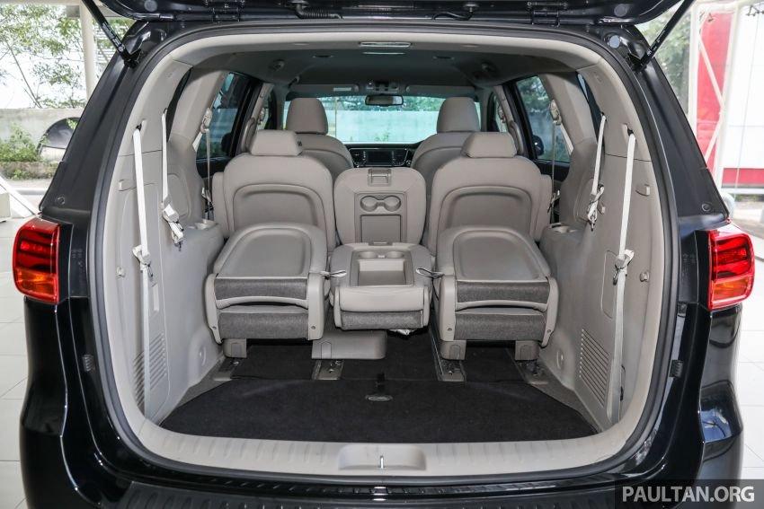 Khoang hành lý Kia Sedona 2020 - 2.