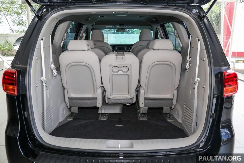 Khoang hành lý Kia Sedona 2020 - 1.