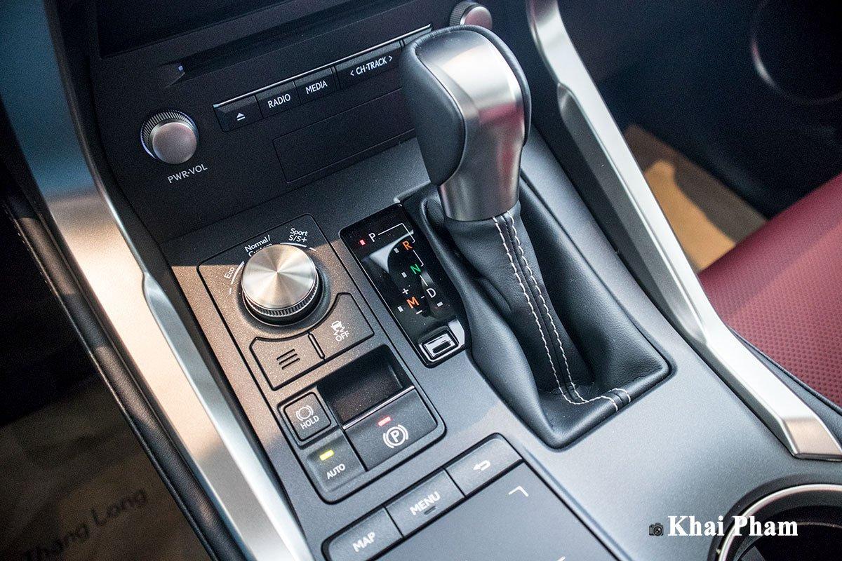 Ảnh Cần số xe Lexus NX 300 2020