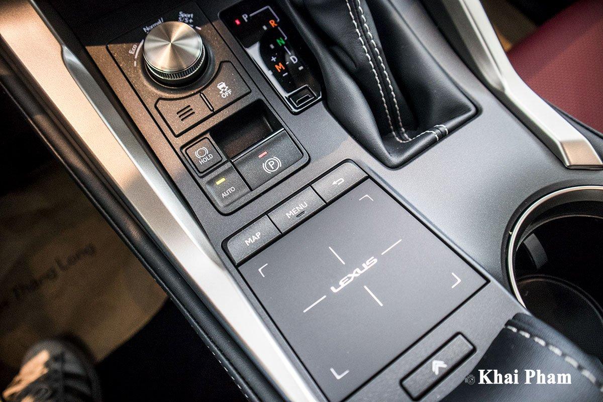 Ảnh BẢng cảm ứng xe Lexus NX 300 2020