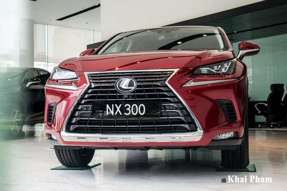 Ảnh đầu xe Lexus NX 300 2020
