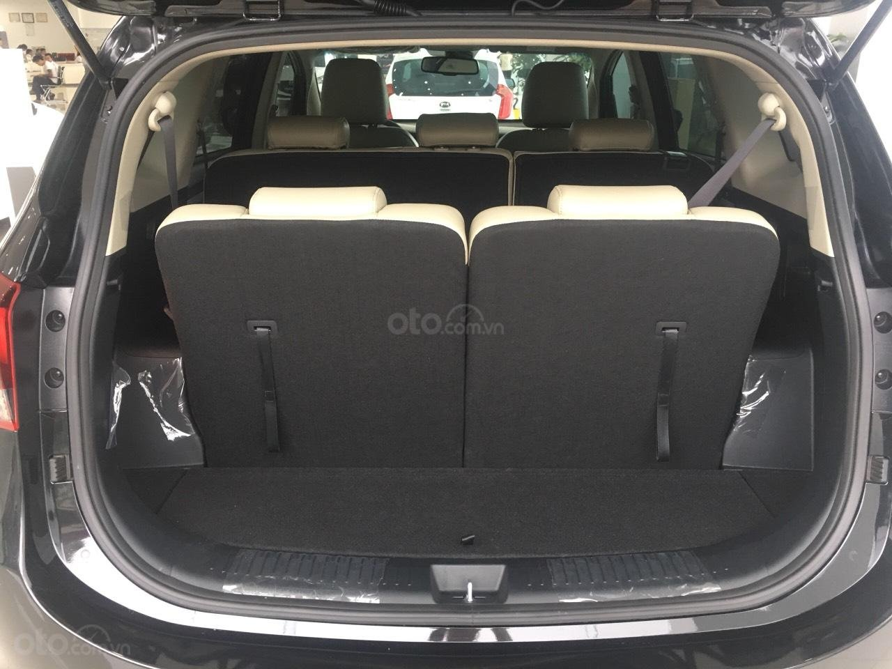 Kia Rondo 2020 - ưu đãi lớn - giá từ 559 tr- trả trước từ 158 tr đủ màu - hỗ trợ trả góp đến 85% (4)