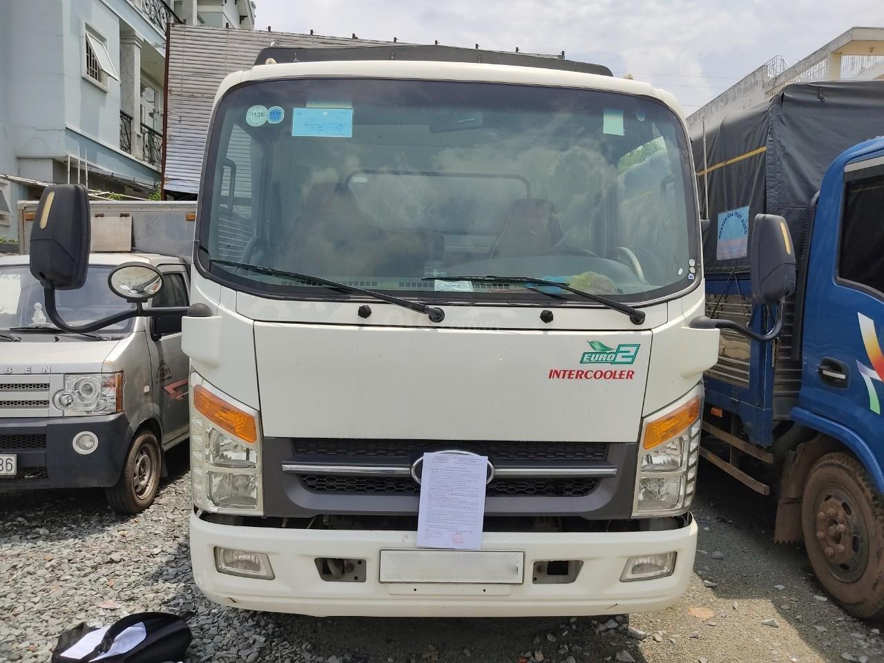 Bán xe tải thùng kín Isuzu, sản xuất 2017 Việt Nam, tải trọng 2,1 tấn giá 350tr (1)