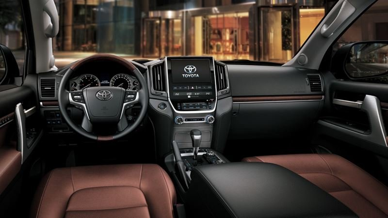 Nội thất Toyota Land Cruiser 2018