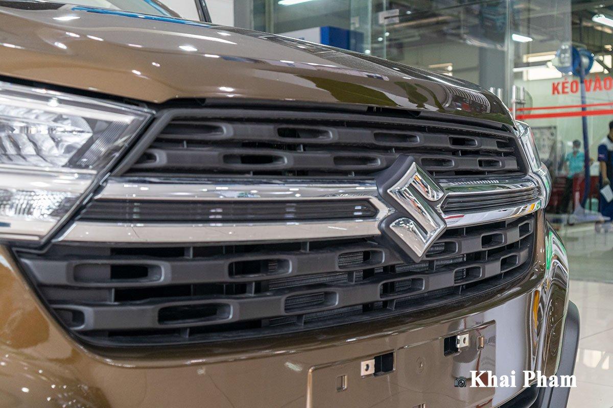 Ảnh Lưới tản nhiệt xe Suzuki XL7 2020