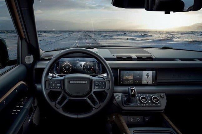 Khoang nội thất sang trọng, tiện nghi, hiện đại của Land Rover Defender 2020 1