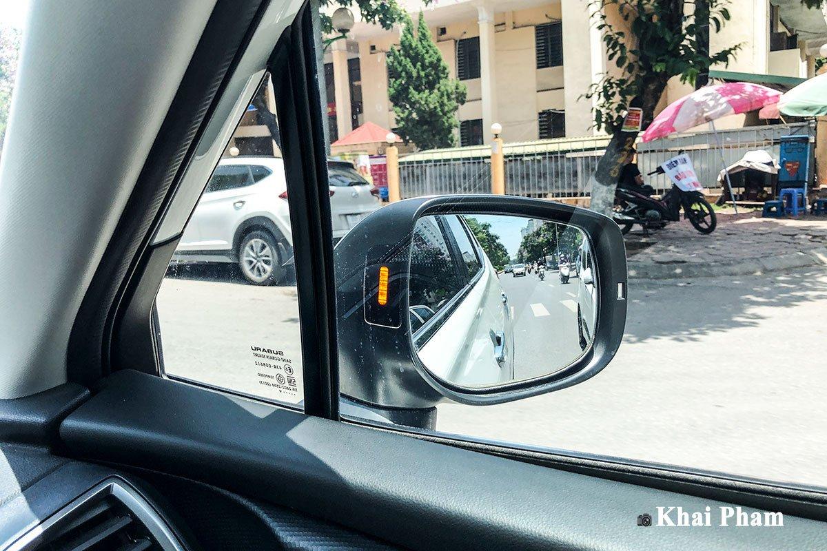 Ảnh cảnh báo điểm mù xe Subaru Forester GT Edition 2020