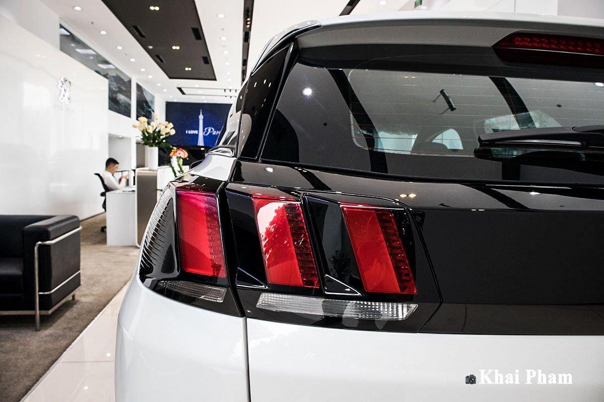 Ảnh Đèn hậu trái xe Peugeot 3008 2020