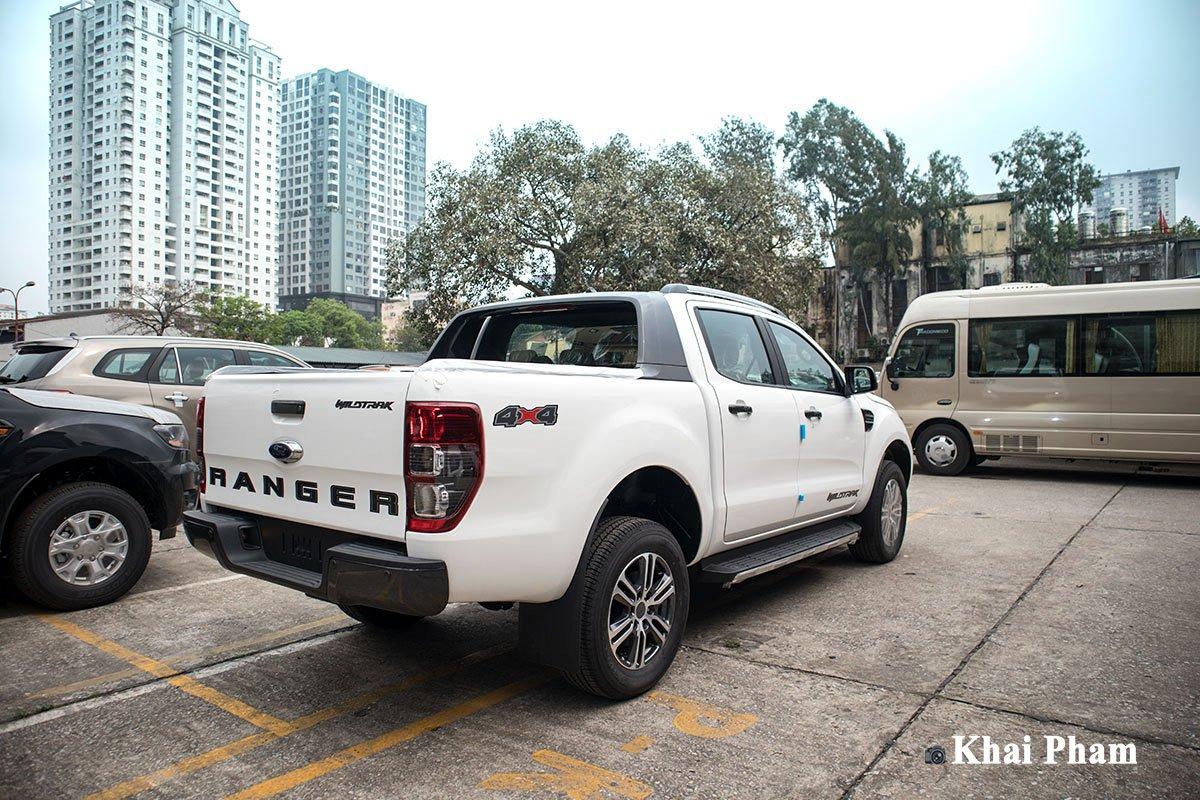 Ảnh sau xe Ford Ranger 2020