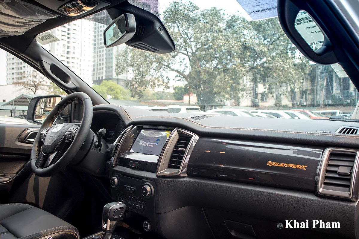 Ảnh Khoang lái xe Ford Ranger 2020