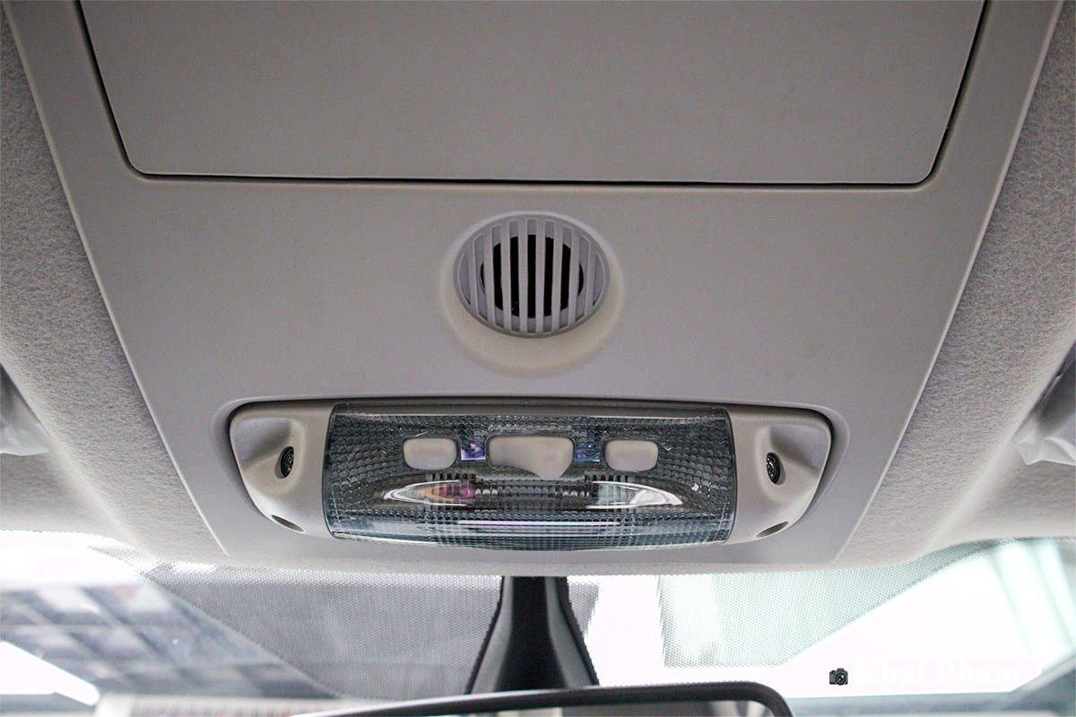 Ảnh Đèn trần xe Ford Ranger 2020
