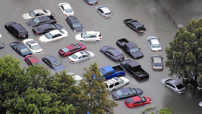 Cách phát hiện xe bị ngập nước và cách khắc phục ô tô ngập nước.