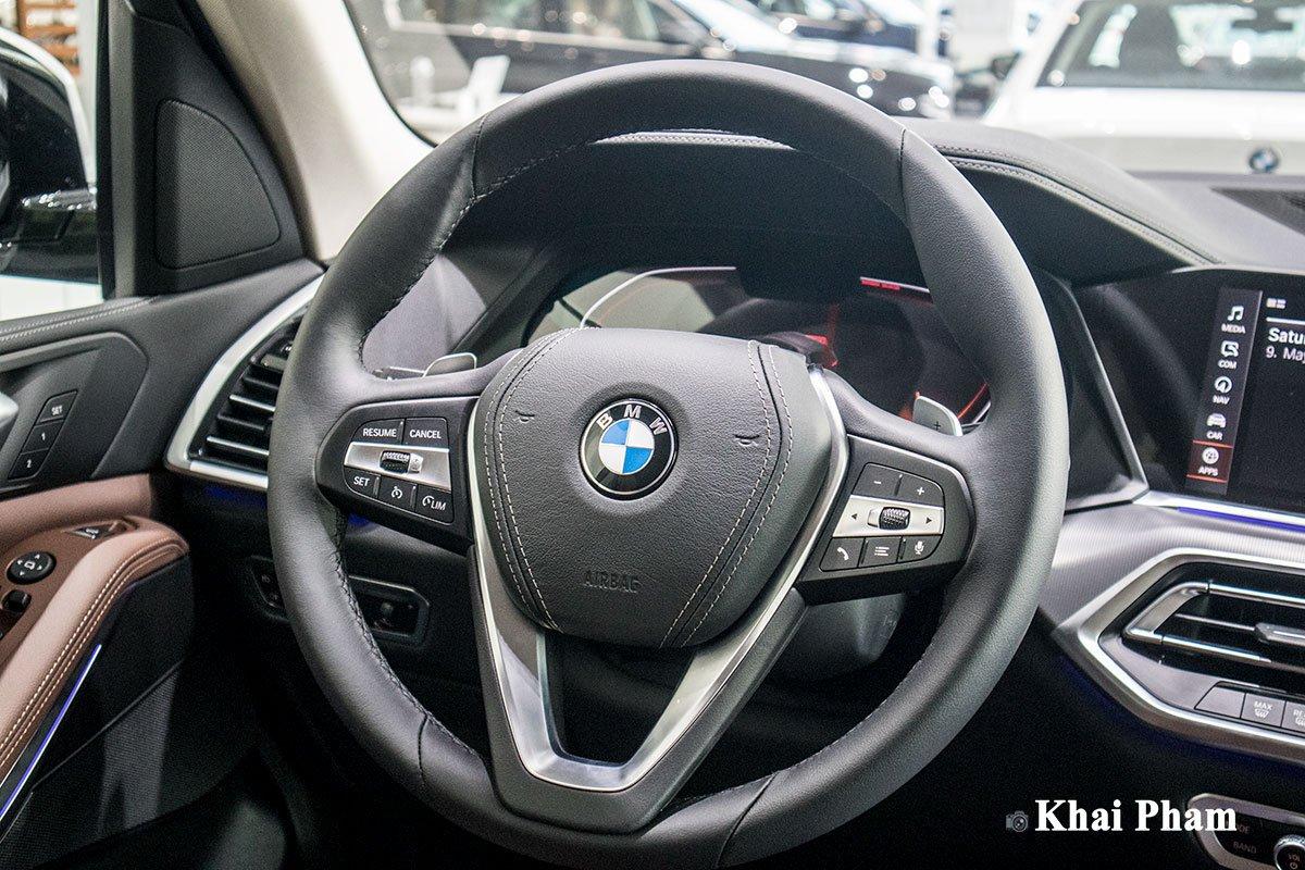 Ảnh vô-lăng xe BMW X5 xDrive 40i xLine 2020