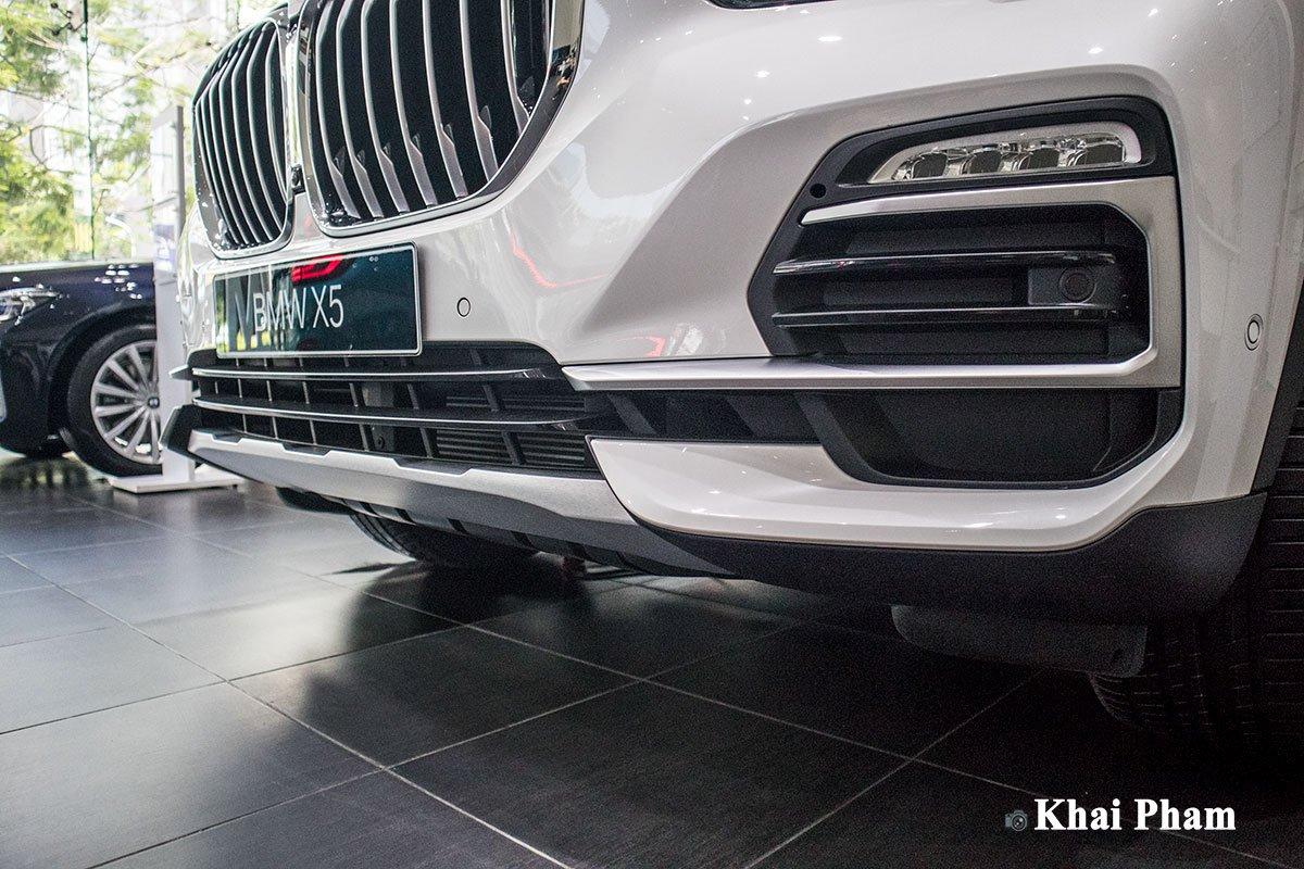 Ảnh cản trước xe BMW X5 xDrive 40i xLine 2020