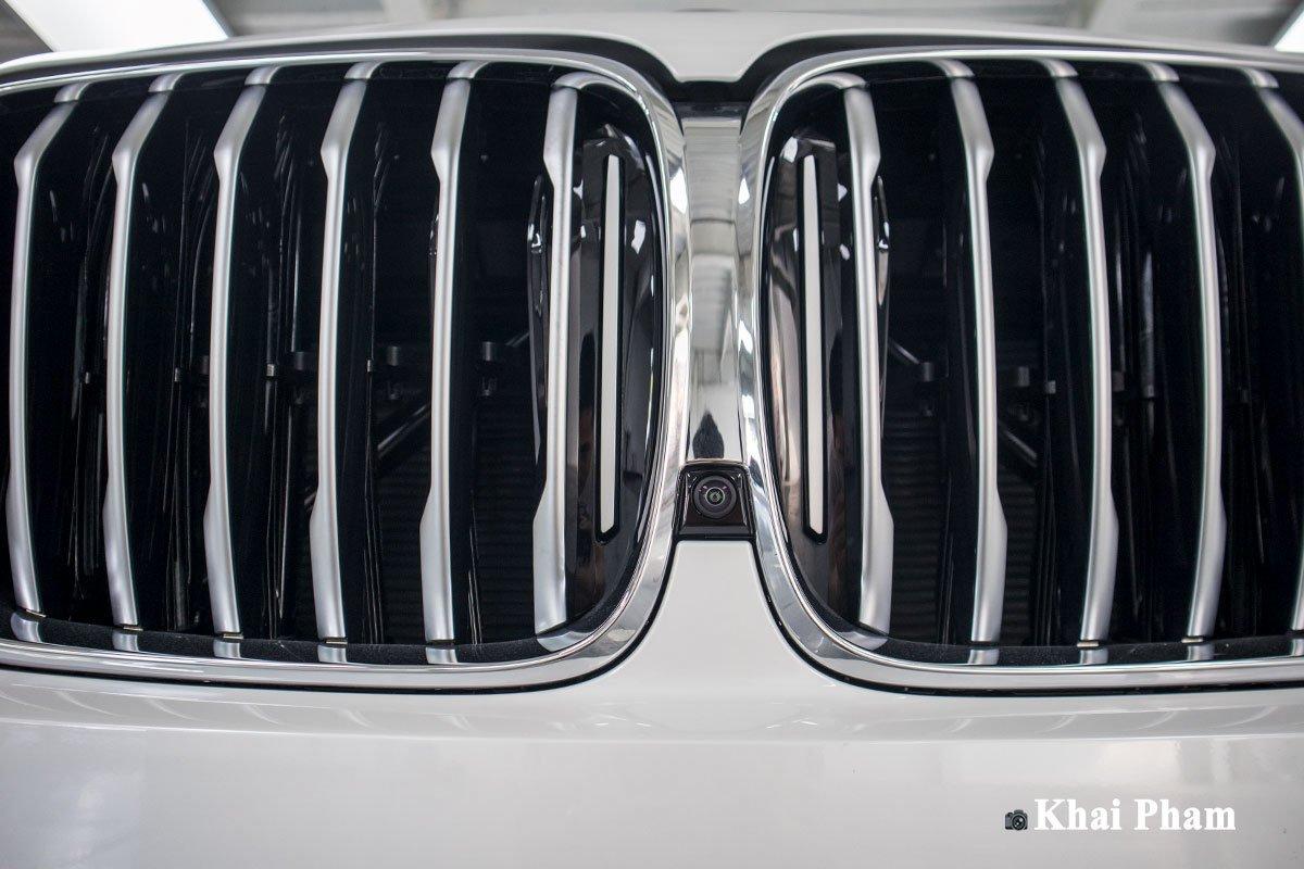 Ảnh camera trước xe BMW X5 xDrive 40i xLine Plus 2020