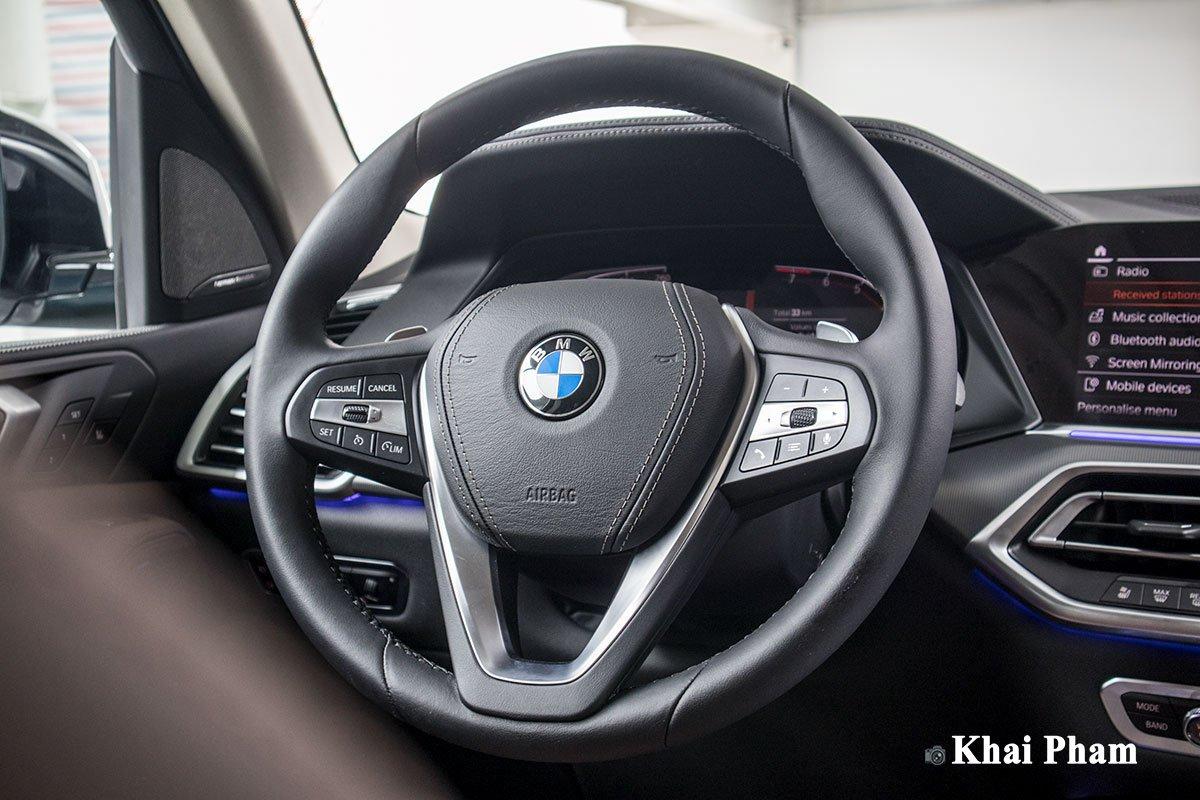 Ảnh vô-lăng xe BMW X5 xDrive 40i xLine Plus 2020