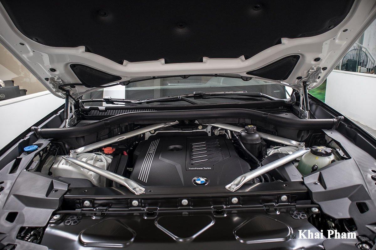 Ảnh động cơ xe BMW X5 xDrive 40i xLine Plus 2020
