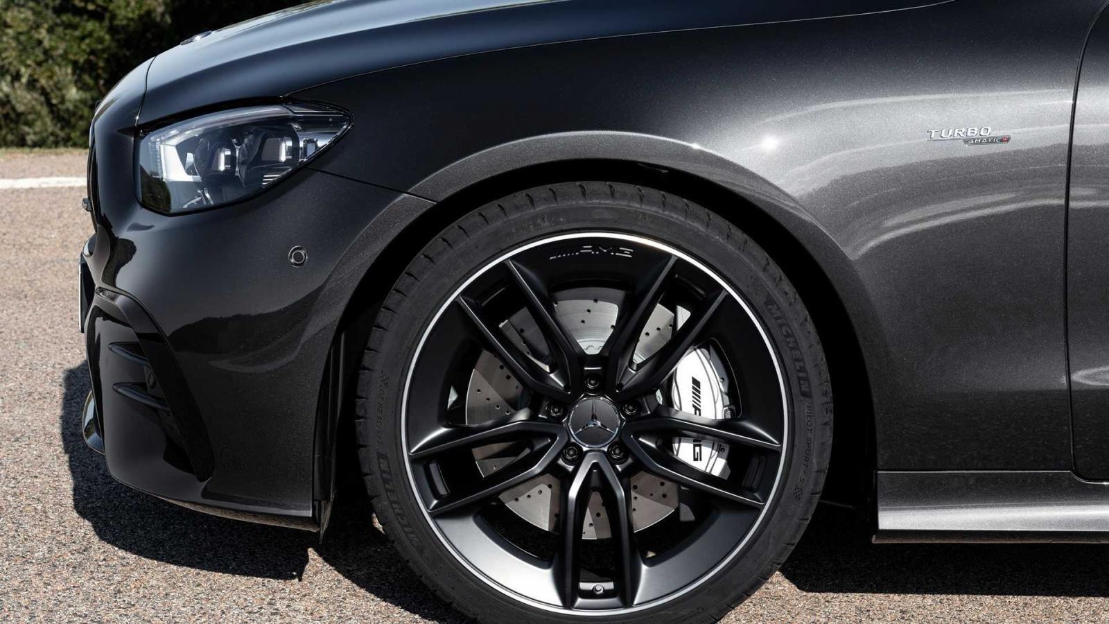 mercedes amg e53 coupe va cabriolet 2021 trinh lan aad7