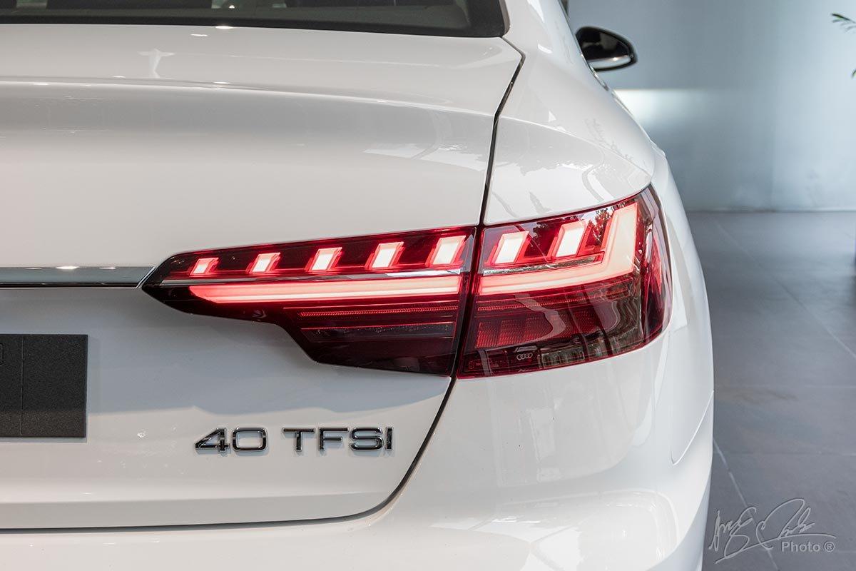 Đánh giá xe Audi A4 2020: cụm đèn hậu được tạo hình ấn tượng hơn.