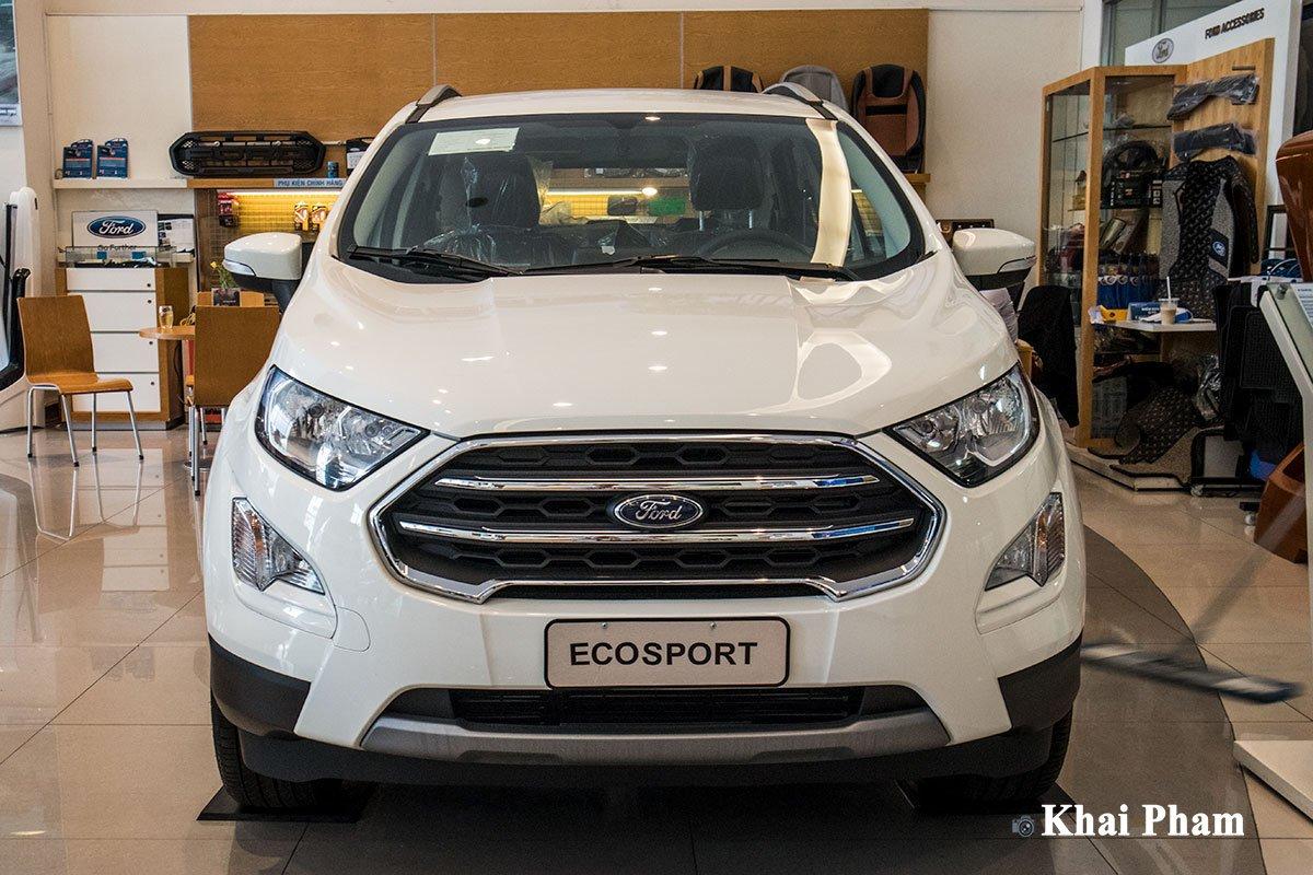 Ảnh chính diện đầu xe Ford EcoSport 2020