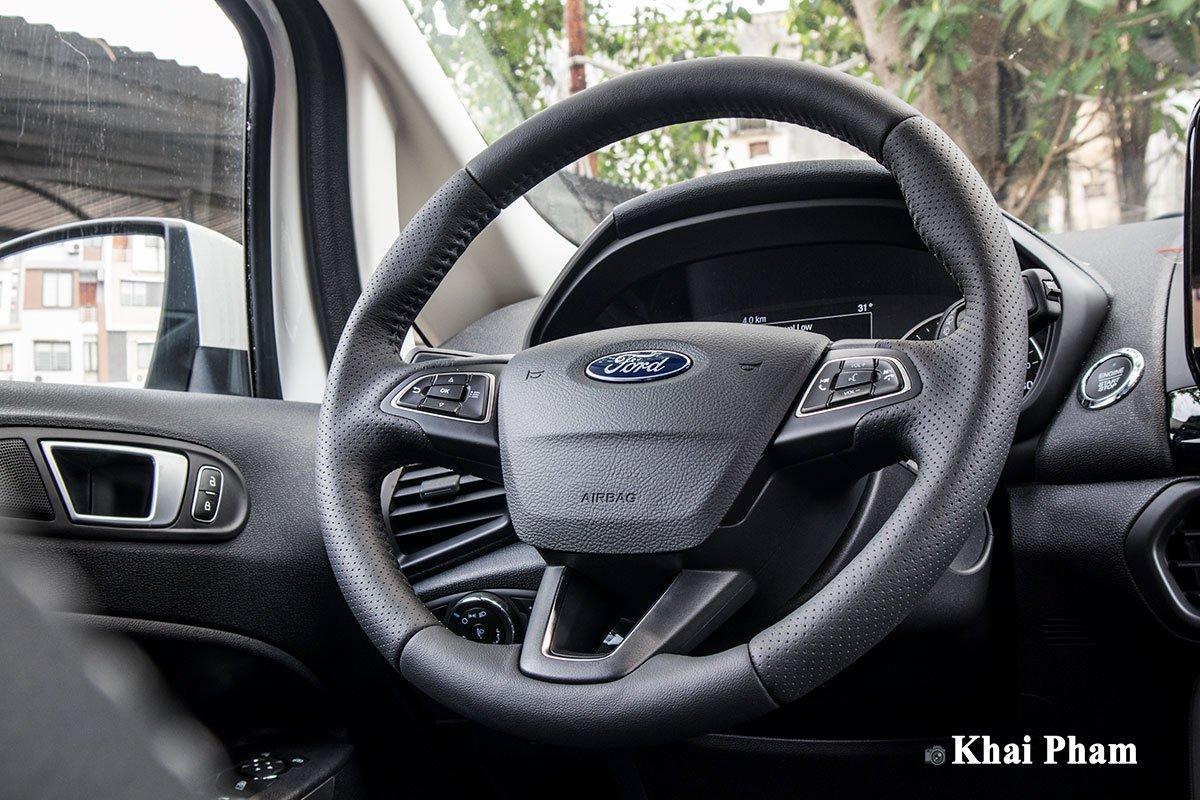 Ảnh Chính diện vô-lăng xe Ford EcoSport 2020