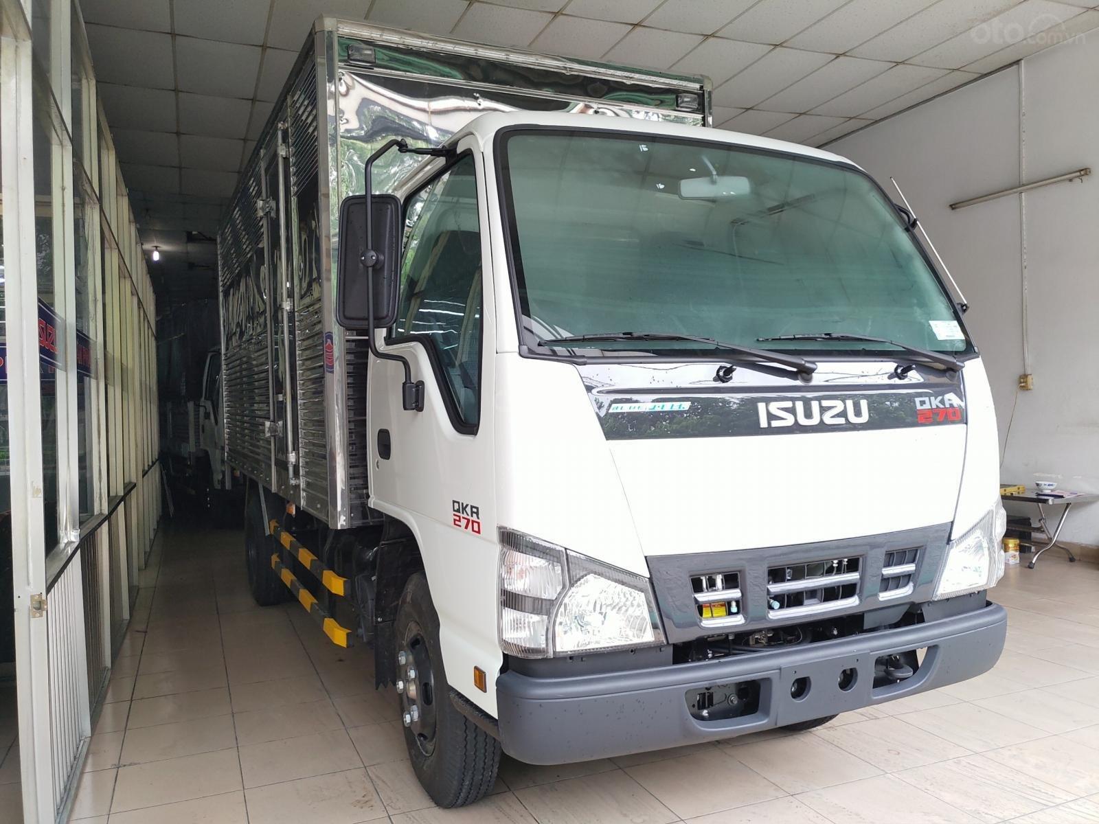Isuzu 2850 kg, thùng dài 4m4, KM: 10.4tr tiền mặt, máy lạnh, 12 phiếu bảo dưỡng, radio MP3 (2)