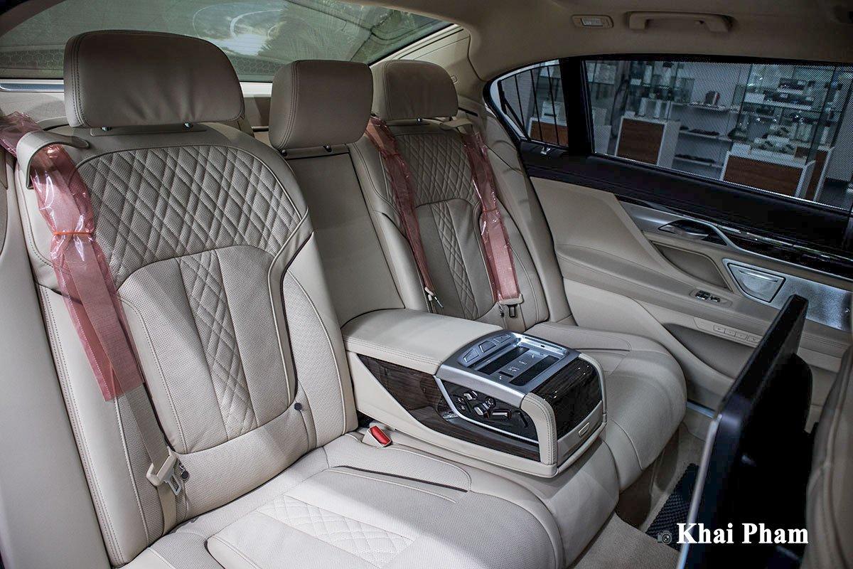 Ảnh Ghế sau xe BMW 7-Series 2020 a1