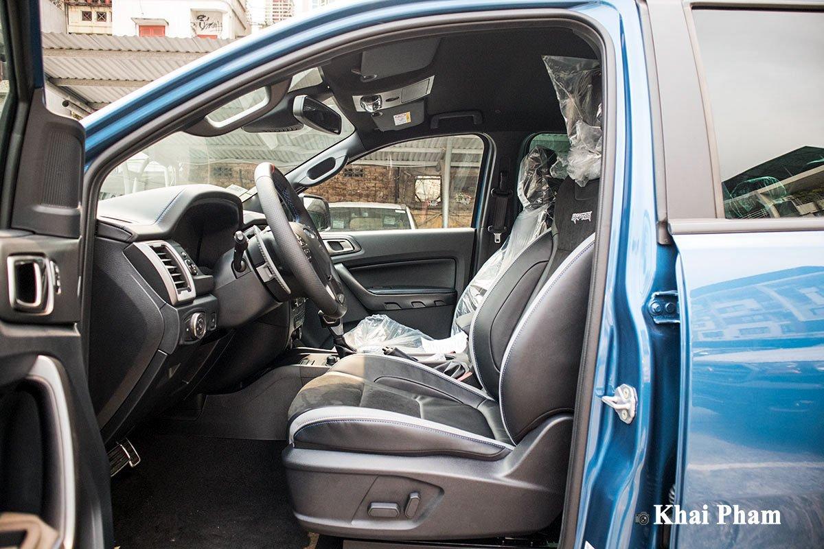 Ảnh Ghế lái xe Ford Ranger Raptor 2020