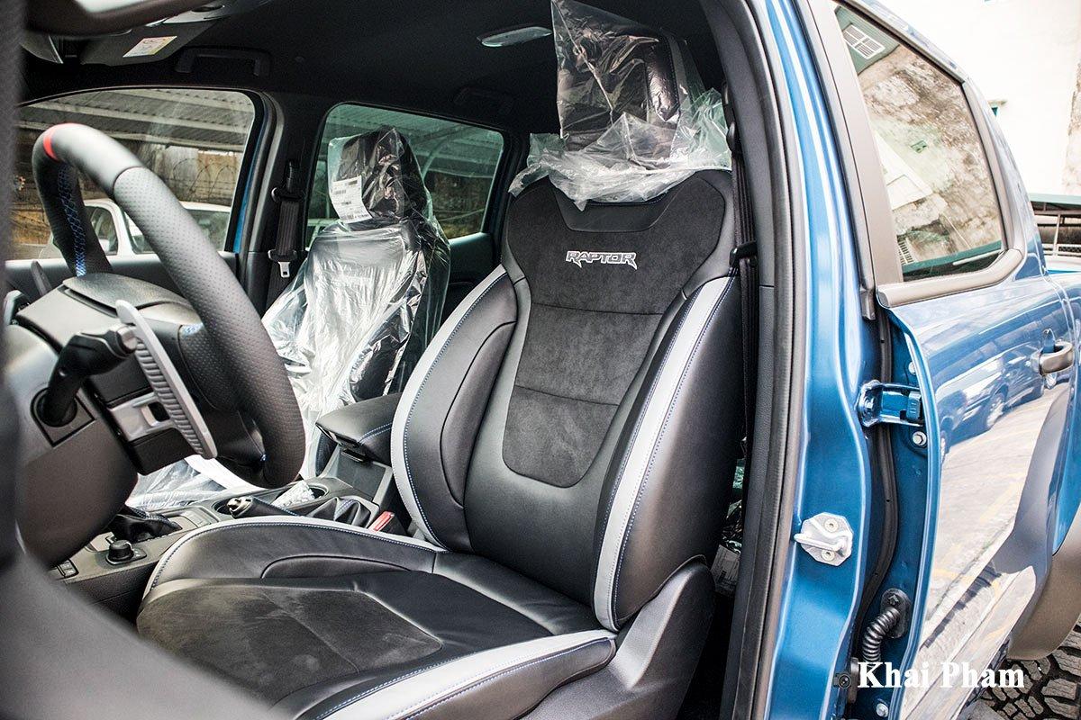 Ảnh Ghế trước xe Ford Ranger Raptor 2020
