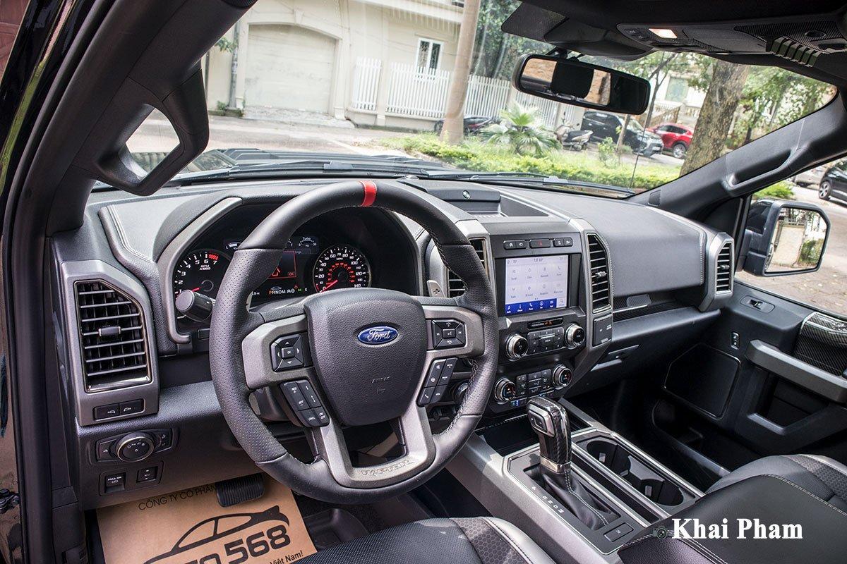 Ảnh vô-lăng xe Ford F-150 Raptor 2020