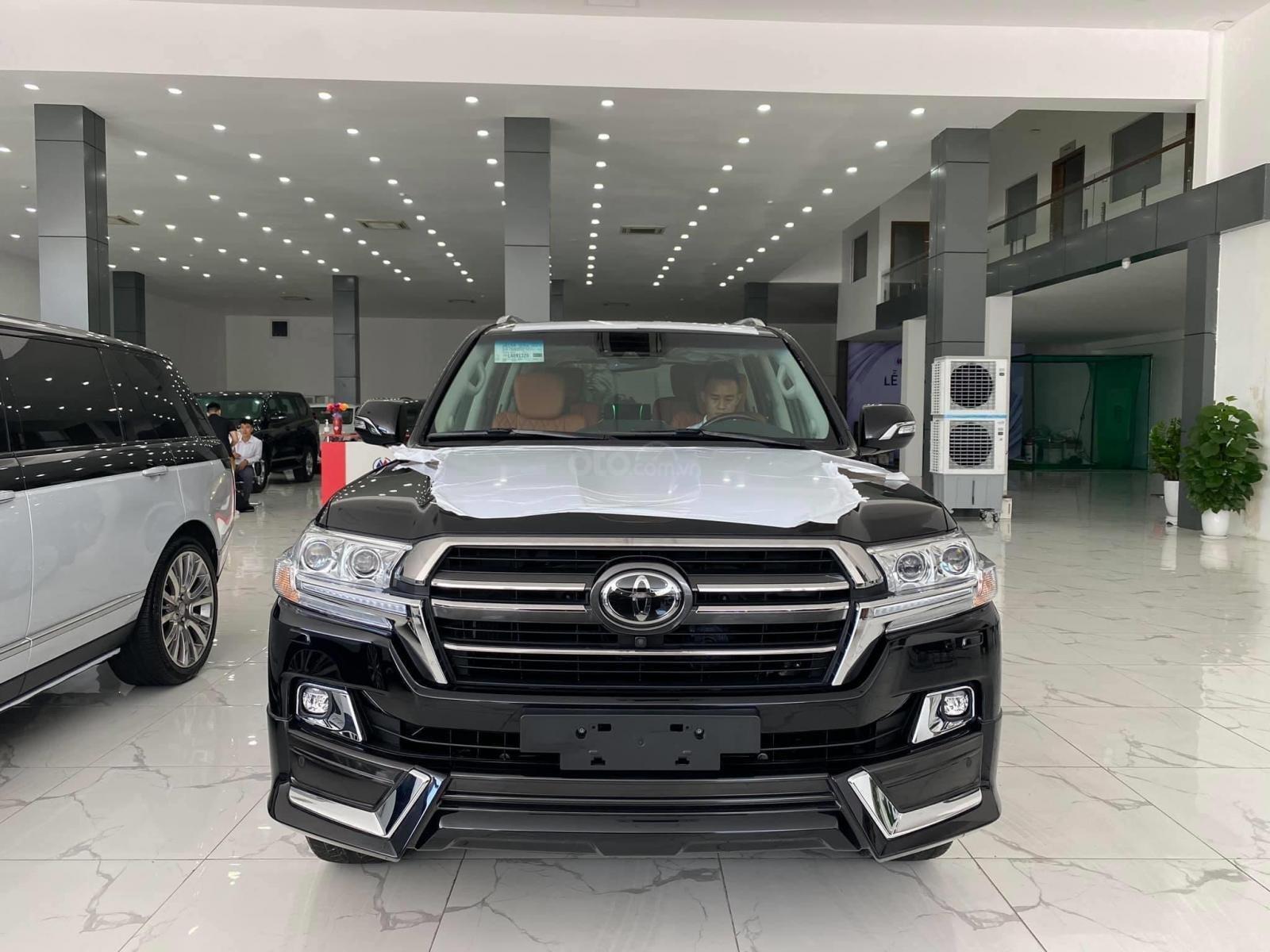 Bán Toyota Land Cruise MBS 5.7,4 ghế thương gia siêu vip, sản xuất 2020, xe giao ngay (1)
