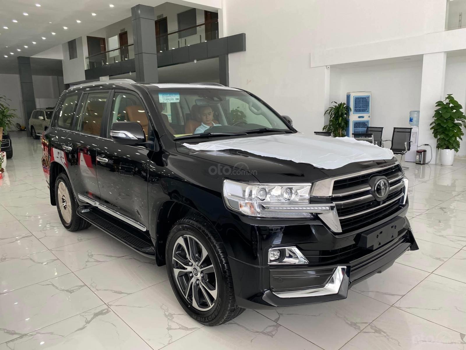 Bán Toyota Land Cruise MBS 5.7,4 ghế thương gia siêu vip, sản xuất 2020, xe giao ngay (3)