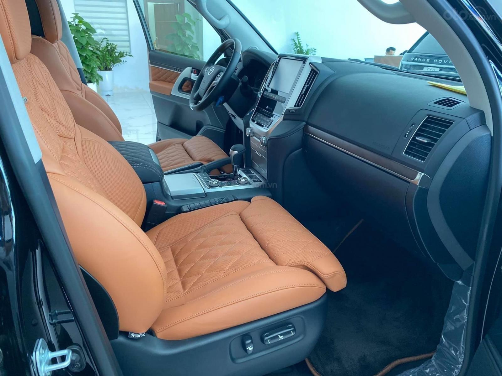 Bán Toyota Land Cruise MBS 5.7,4 ghế thương gia siêu vip, sản xuất 2020, xe giao ngay (7)