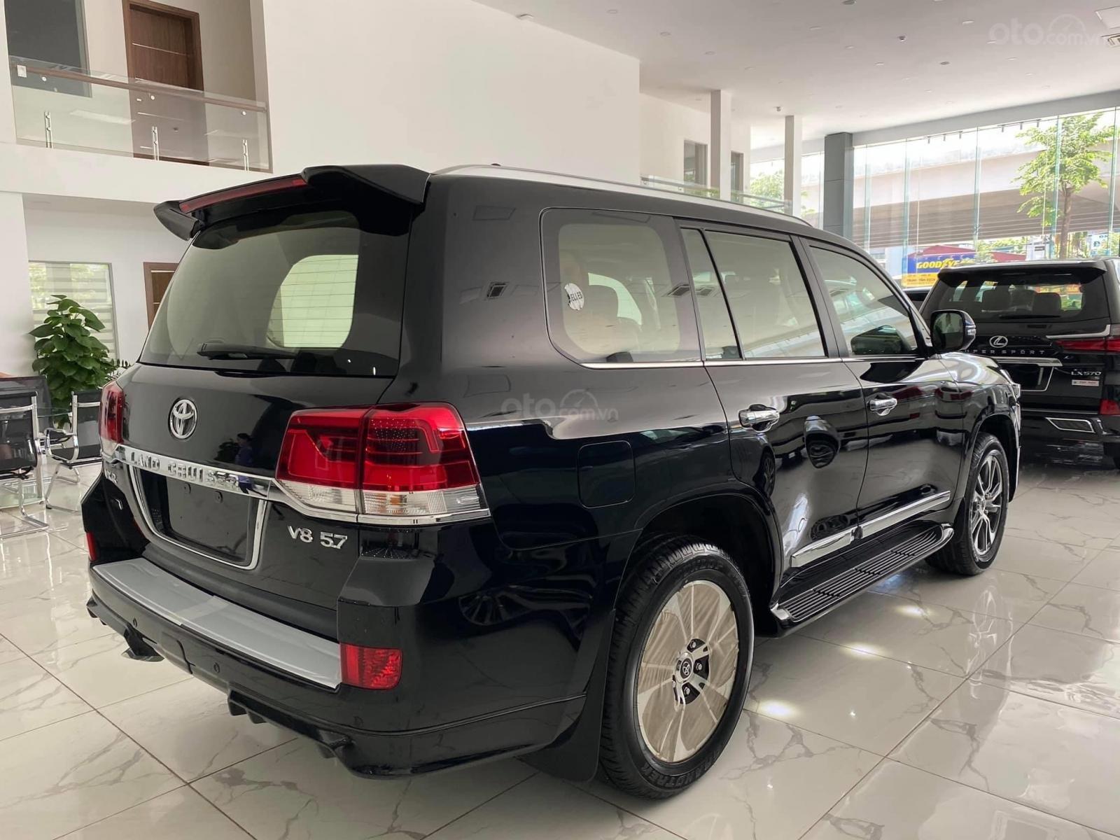Bán Toyota Land Cruise MBS 5.7,4 ghế thương gia siêu vip, sản xuất 2020, xe giao ngay (5)