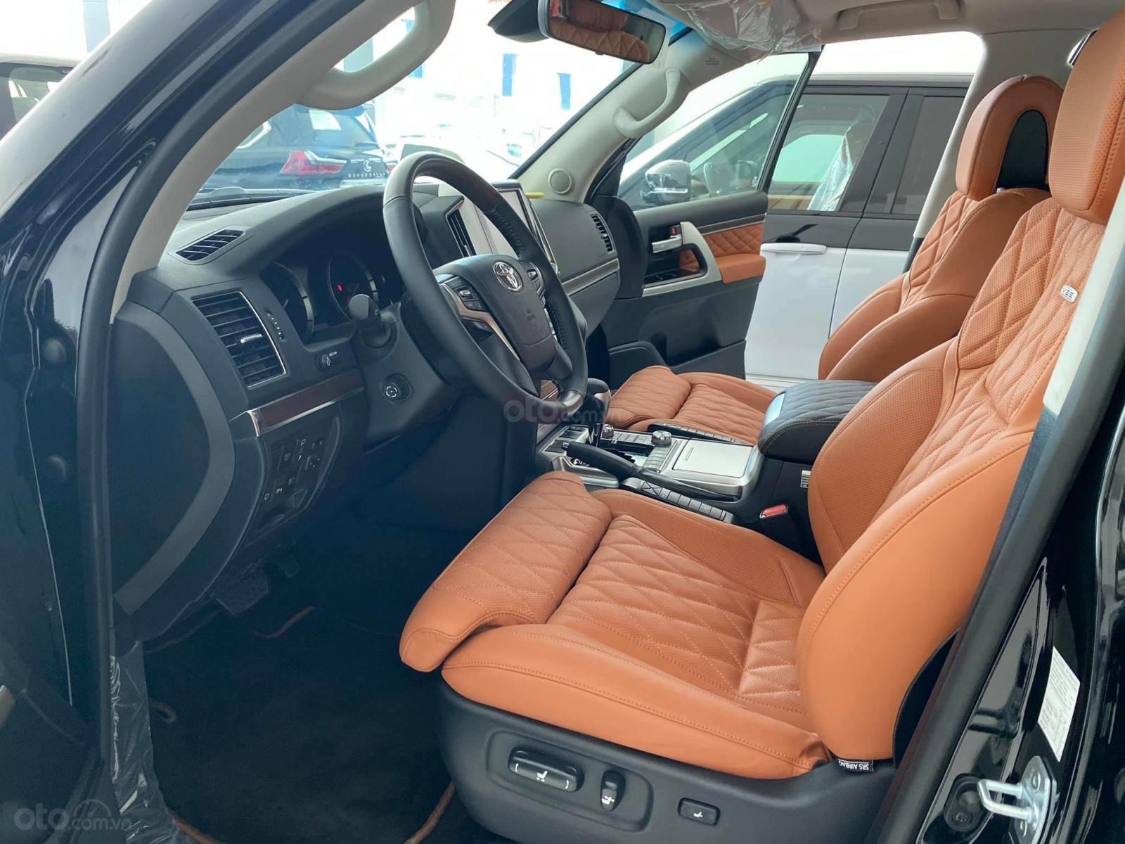 Bán Toyota Land Cruise MBS 5.7,4 ghế thương gia siêu vip, sản xuất 2020, xe giao ngay (12)
