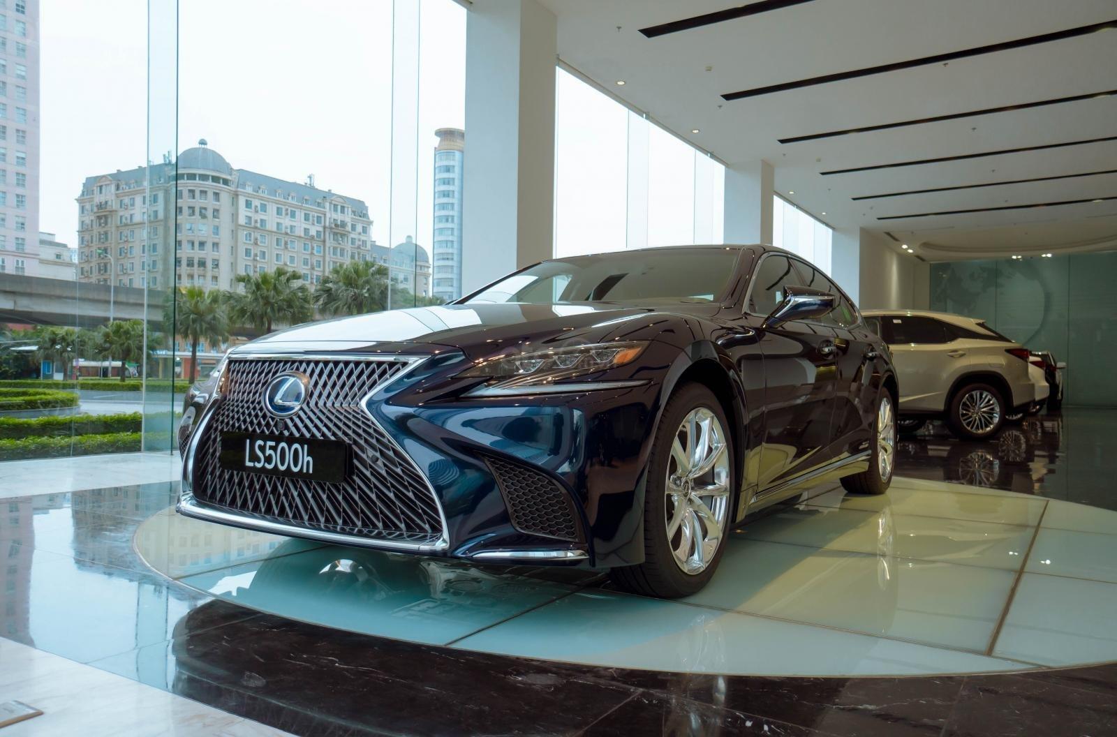 Lexus Thăng Long (7)