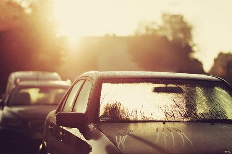 Cấu tạo, công dụng và mức giá tấm che nắng ô tô trên thị trường.