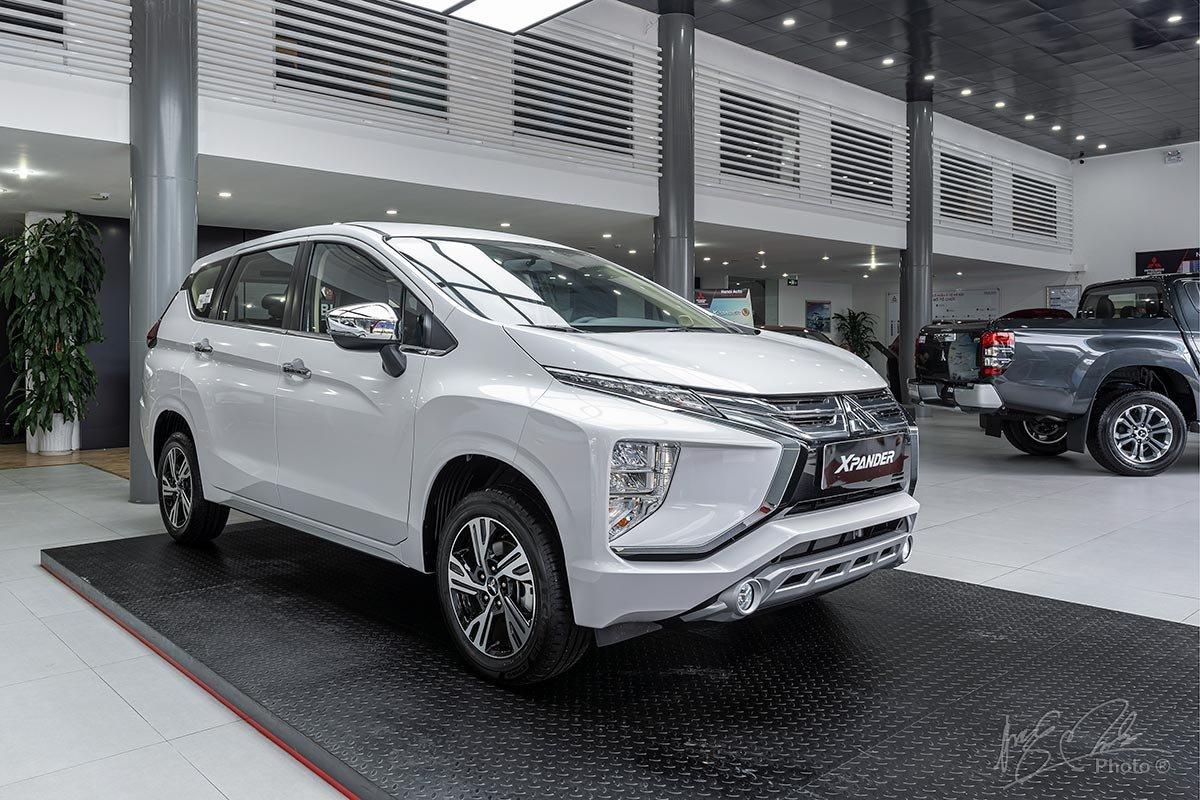 Giá xe Mitsubishi Triton Xpander mới nhất