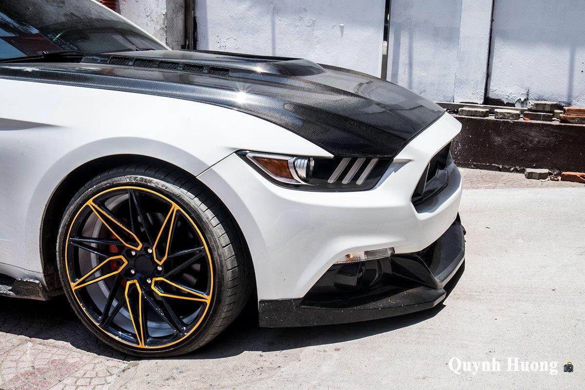 """Nguồn gốc chiếc Ford Mustang mui trần cửa """"cắt kéo"""", thân carbo vừa xuất hiện ở Hà Nội gây tò mò a13"""