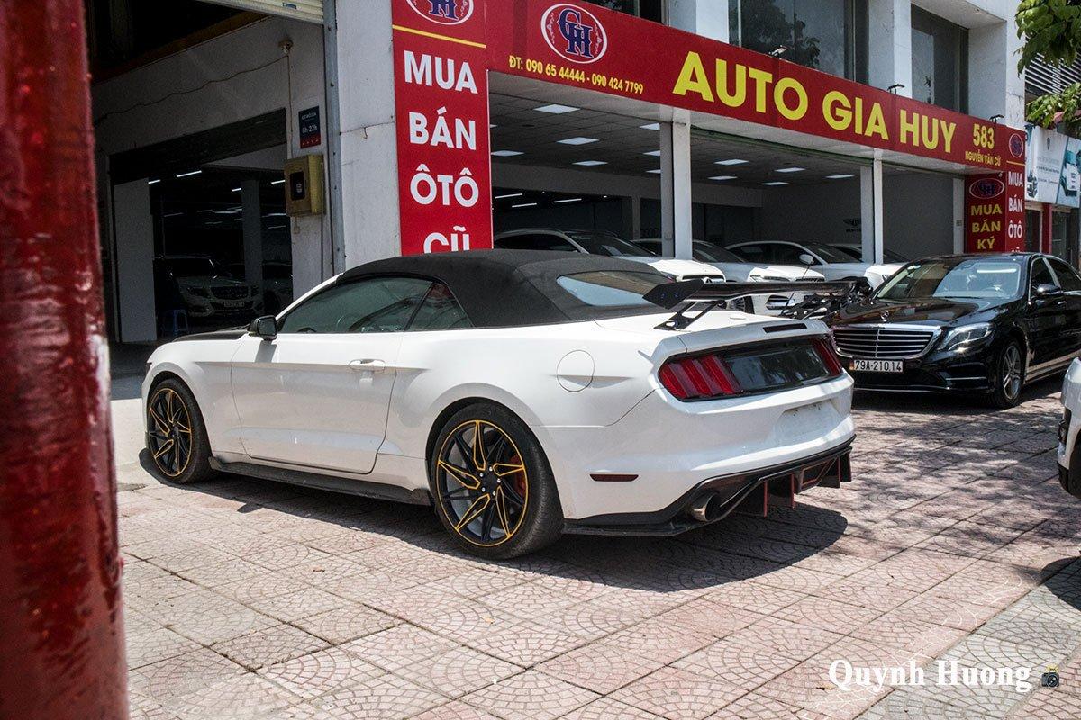 """Nguồn gốc chiếc Ford Mustang mui trần cửa """"cắt kéo"""", thân carbo vừa xuất hiện ở Hà Nội gây tò mò a15"""