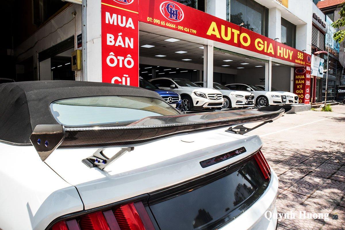 """Nguồn gốc chiếc Ford Mustang mui trần cửa """"cắt kéo"""", thân carbo vừa xuất hiện ở Hà Nội gây tò mò a17"""