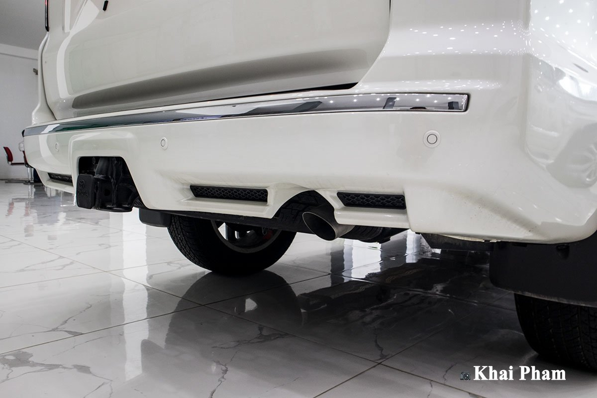Ảnh Cản sau xe Toyota 4Runner 2020