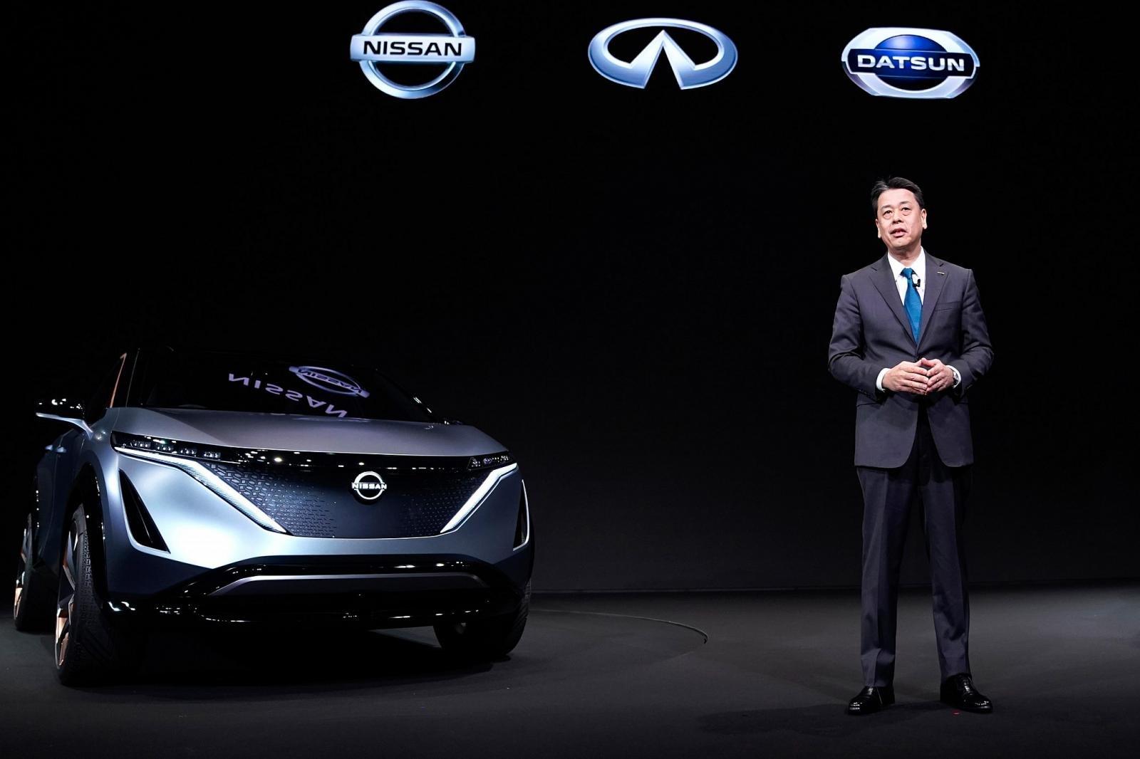 Nissan cần thu mình để giữ sức vượt qua khó khăn.