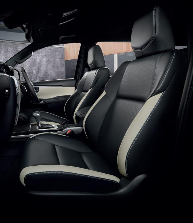 Ảnh chi tiết Toyota Fortuner Legender 2021 hoàn toàn mới vừa mở bán tại Thái Lan a21