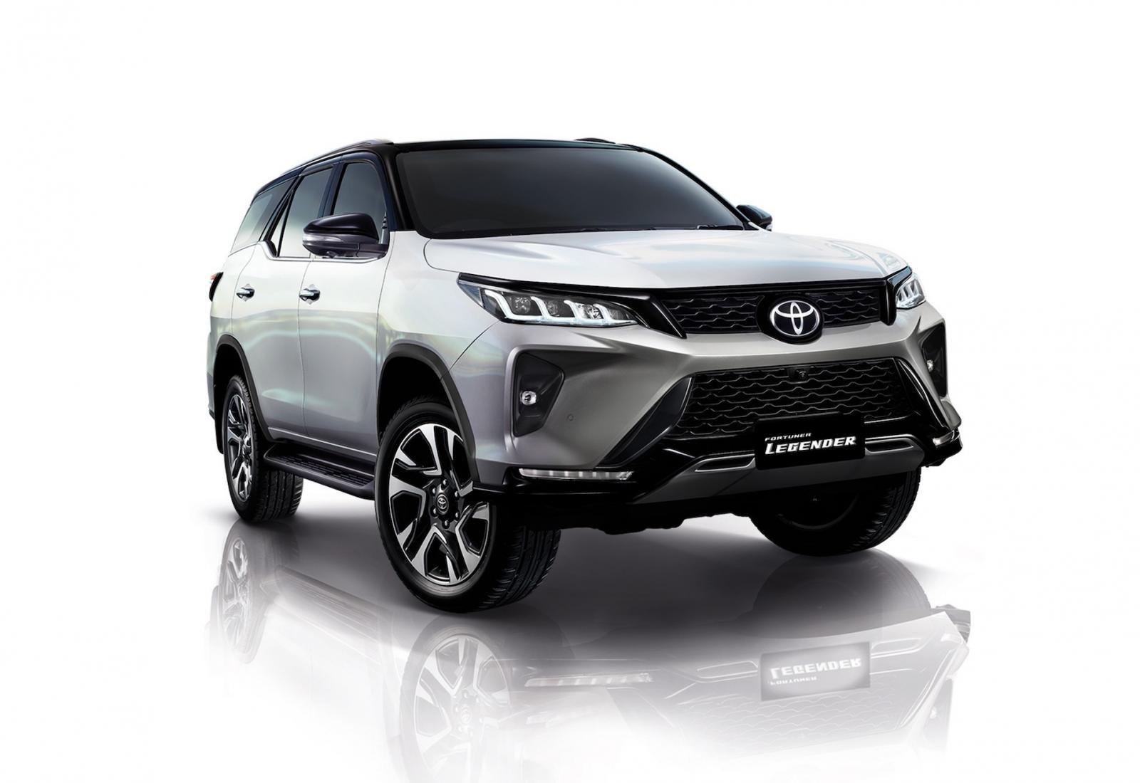 Ảnh chi tiết Toyota Fortuner Legender 2021 hoàn toàn mới vừa mở bán tại Thái Lan a2