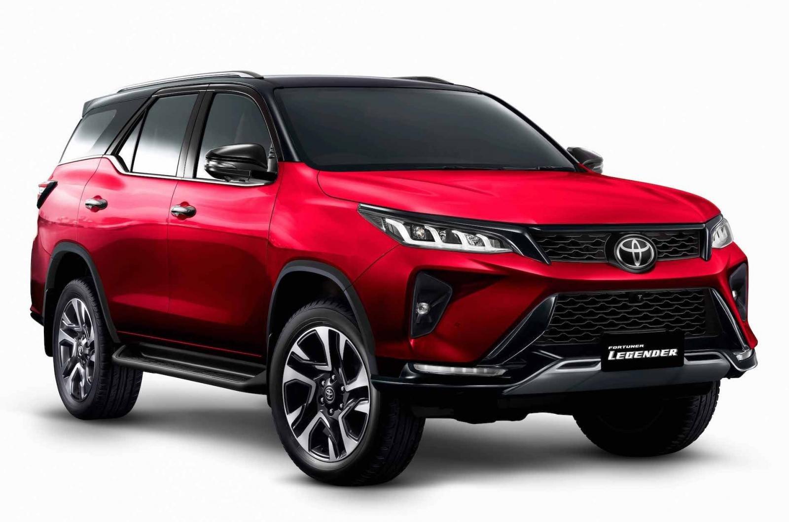 Toyota Fortuner Legender 2021 được bổ sung nhiều công nghệ an toàn hiện đại....