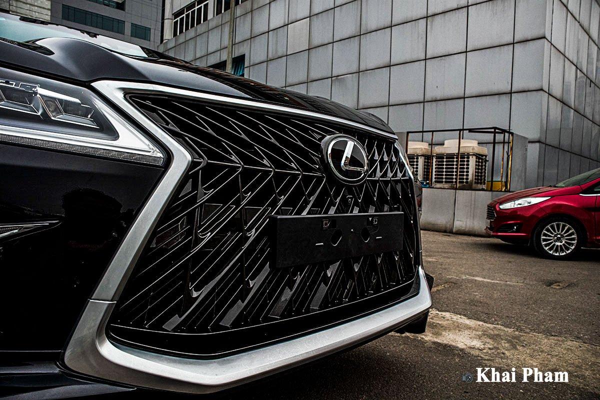 Ảnh Lưới tản nhiệt xe Lexus LX 570 Super Sport 2020