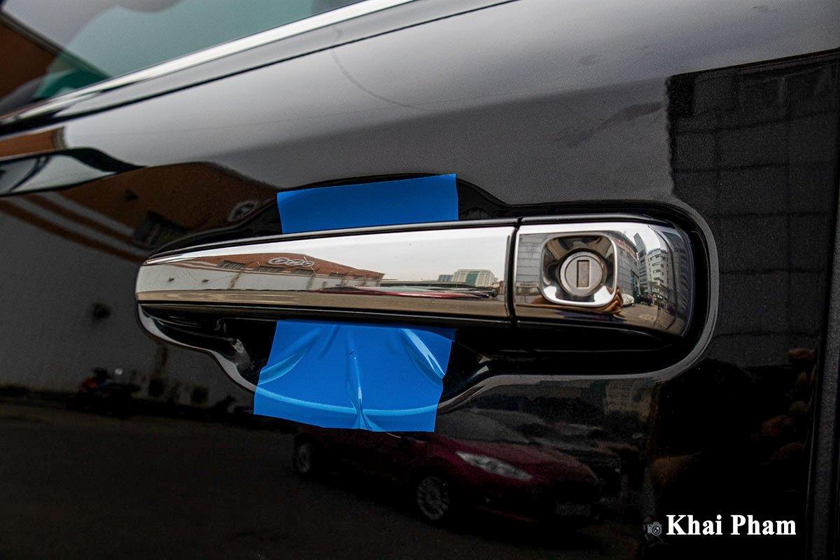 Ảnh Tay nắm cửa xe Lexus LX 570 Super Sport 2020 a1