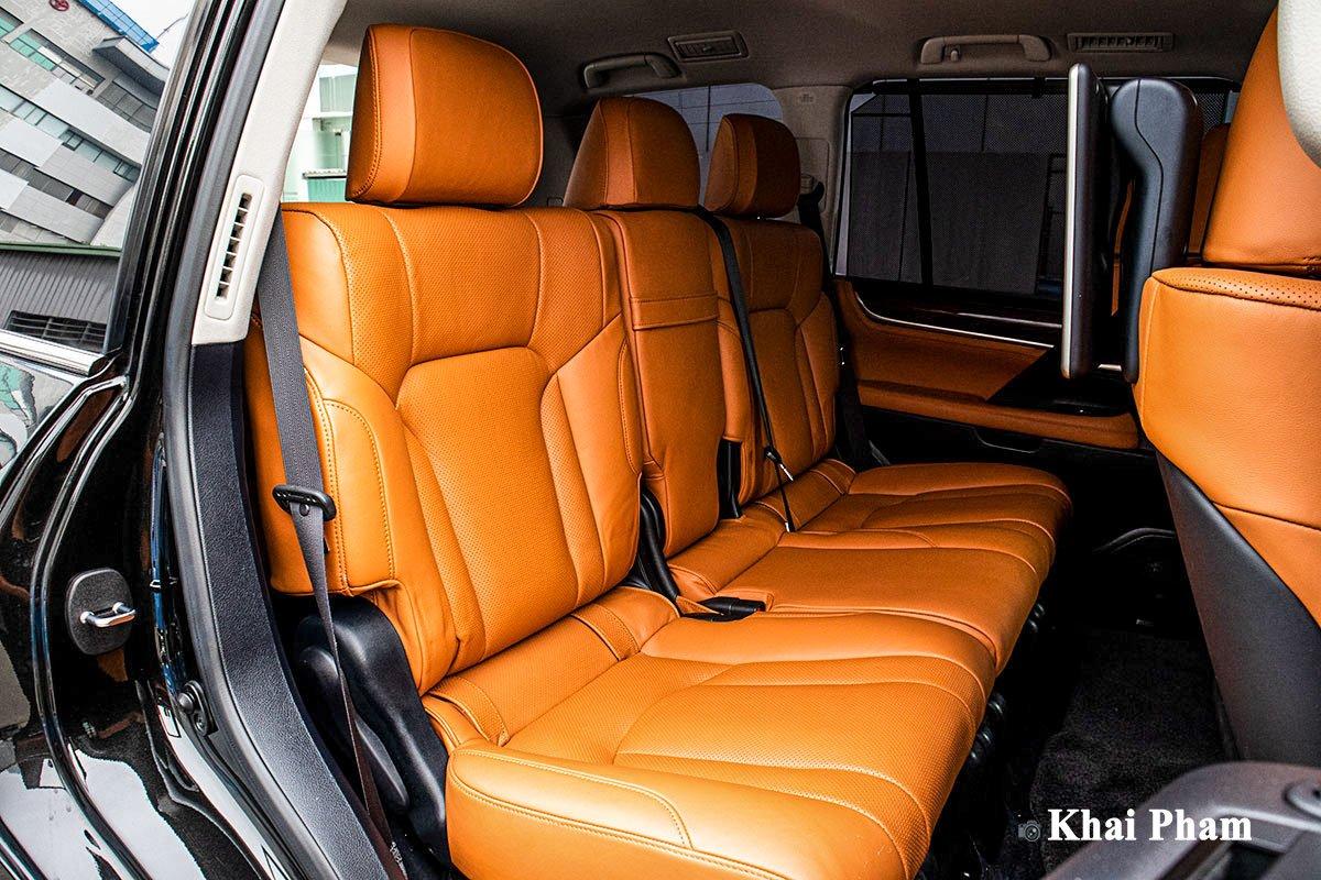 Ảnh Ghế sau xe Lexus LX 570 Super Sport 2020 a1