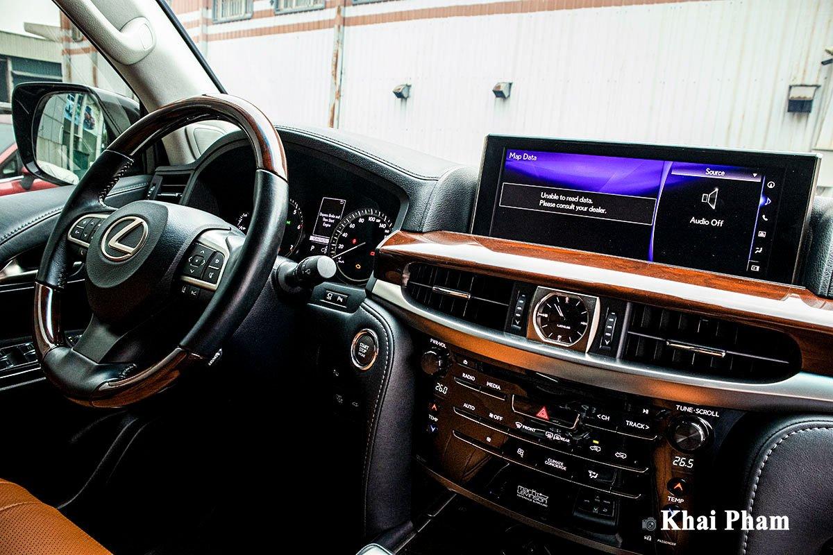 Ảnh Táp-lô xe Lexus LX 570 Super Sport 2020